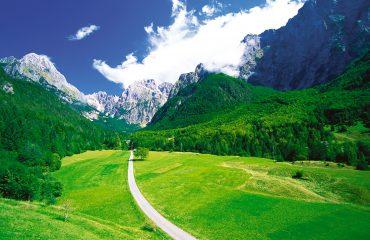 julian_alps_slovenia_adventures_zadnjica