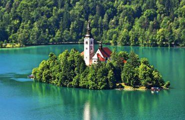 bled_slovenia_adventure_life_outdoor_holiday