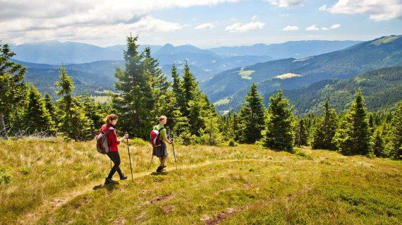 walking_slovenia_alps_self_guided_tour_life_adventures_01
