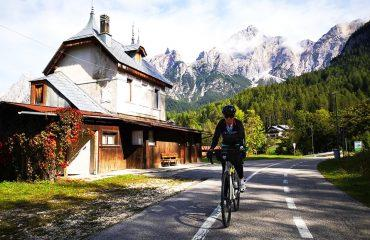 cycling_bicycling_tour_self_guided_italy_austria_dolomites_01