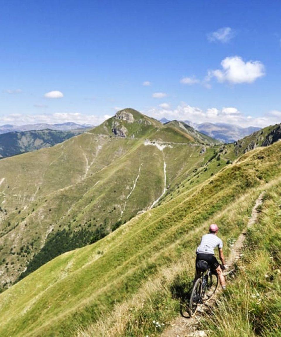 gravel_slovenia_tour_adventures_bike