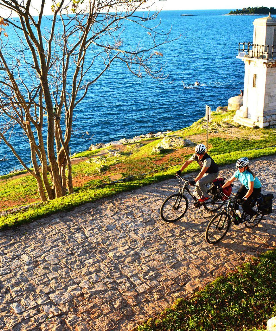 self_guided_cycling_croatia_islands_bike_tour_kvarner_bay_01