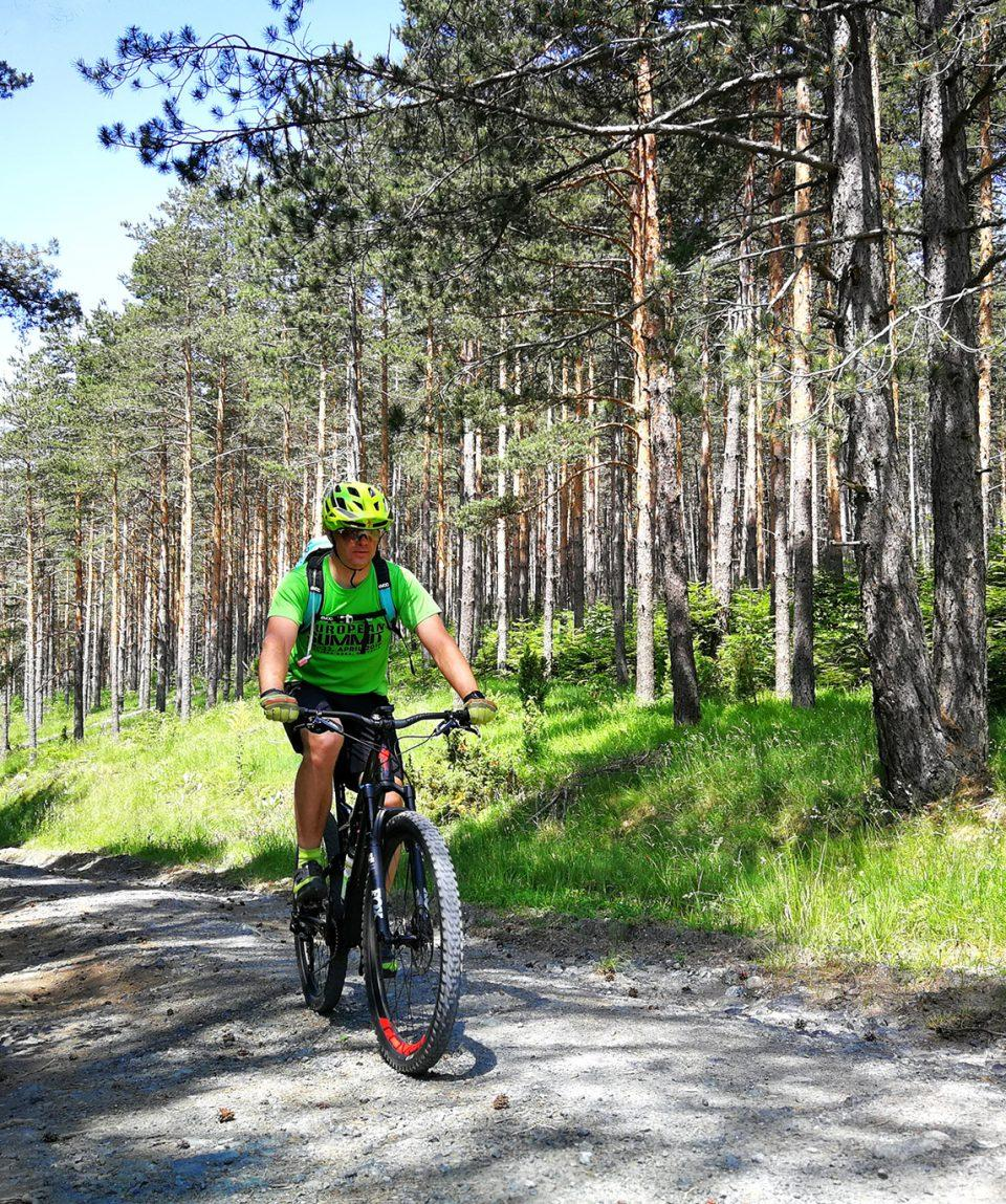 bike_tour_serbia_montenegro_cyling_adventure_01