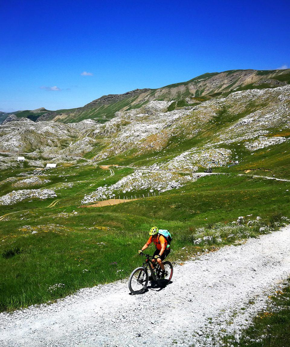 montenegro_bike_tour_mountain_biking_life_adventures_01