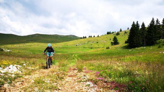 serbia_montenegro_bike_tour_mountain_biking_gravel_life_adventures_balkan_01